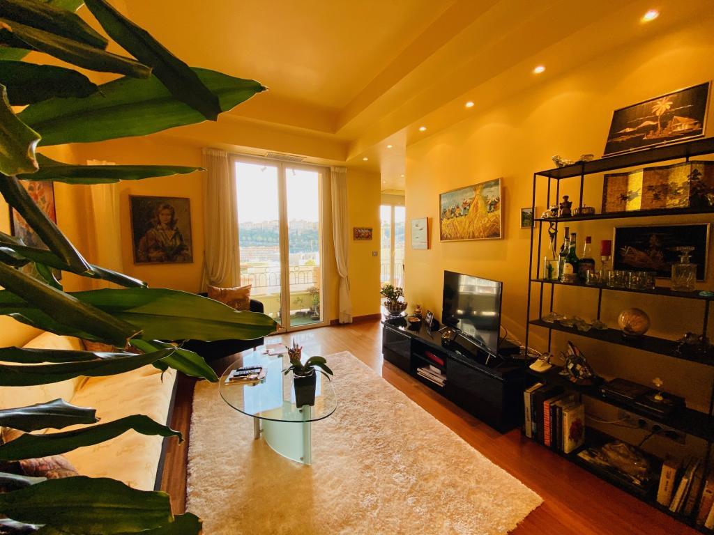 Apartment For Sale at 49 Rue Grimaldi in Jardin Exotique - 4 Photos