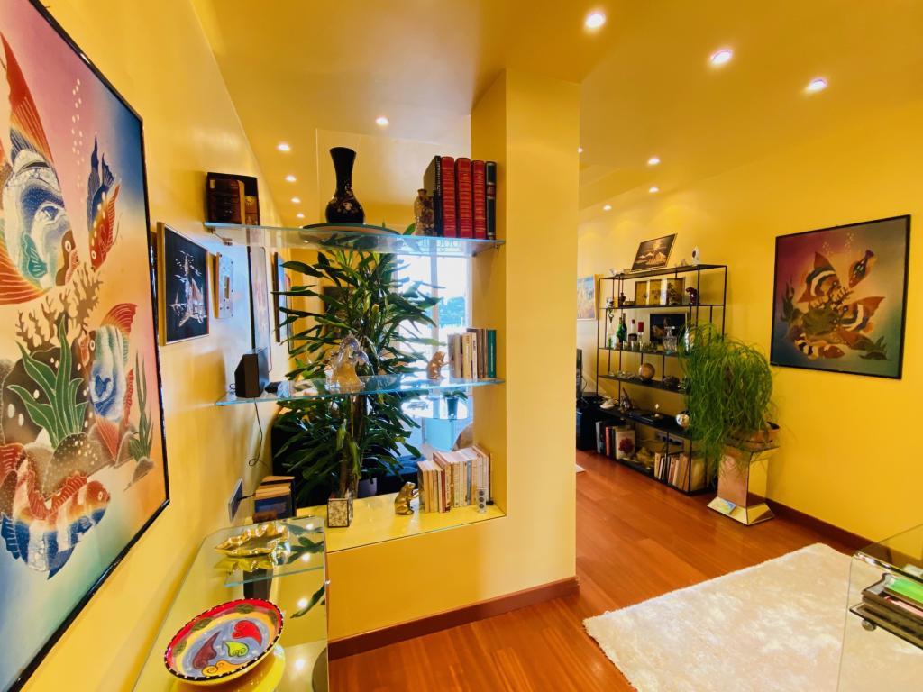 Apartment For Sale at 49 Rue Grimaldi in Jardin Exotique - 5 Photos