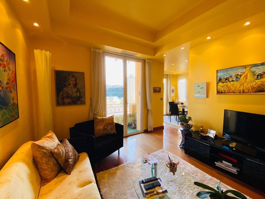 Apartment For Sale at 49 Rue Grimaldi in Jardin Exotique - 6 Photos