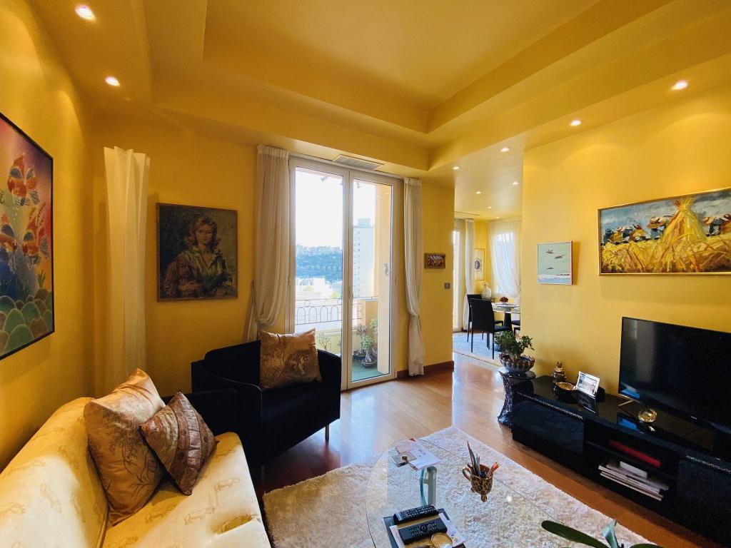 Apartment For Sale at 49 Rue Grimaldi in Jardin Exotique - 7 Photos