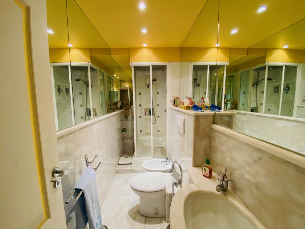 Apartment For Sale at 49 Rue Grimaldi in Jardin Exotique - 11 Photos